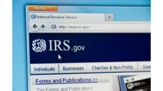 IRS Phone Lines Backed Up, Agency Recommends Using Online Tools