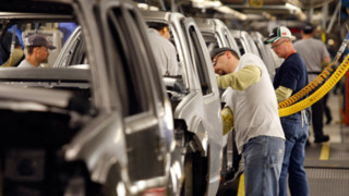 Auto Workers Union Rejects New Wage Deal