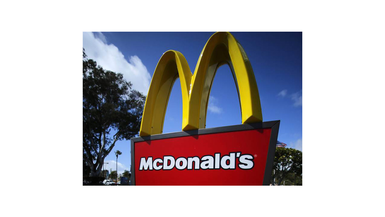Ex-McDonald's worker sues franchise that required fee-based payroll debit cards