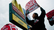 Fast-food protests in center of minimum wage debate
