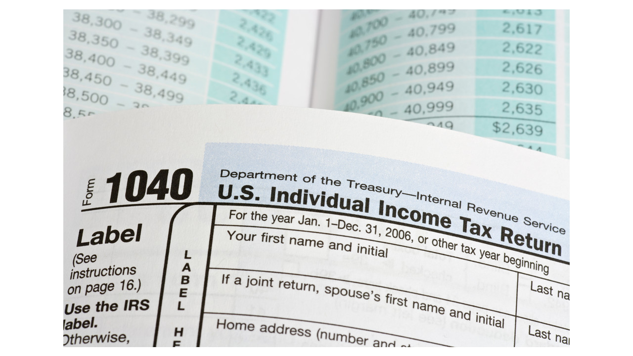 Average Tax Preparation Fees Hit $273 for 1040 and One State